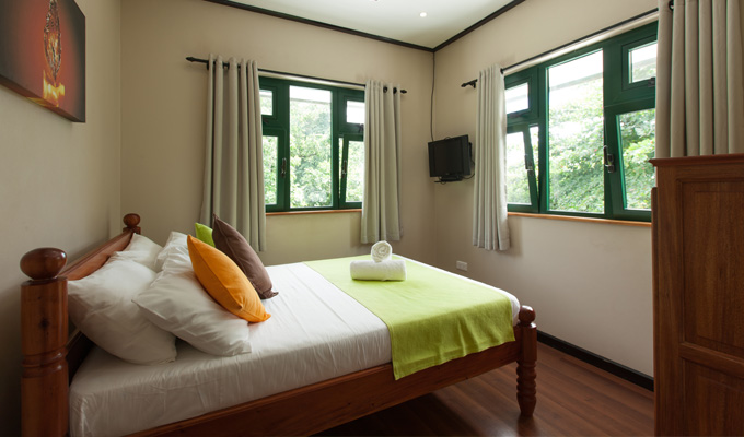Accommodation_on_La_Digue_Seychelles_Cheap_Double_Room1