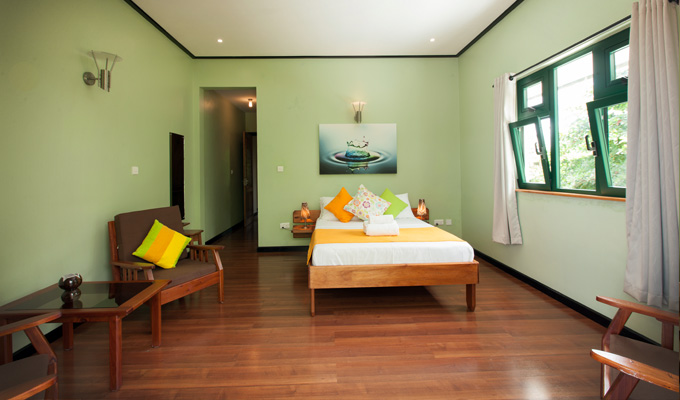 Accommodation_on_La_Digue_Seychelles_Double_Room_(2)