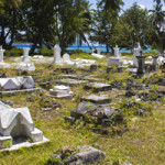 Attractions_on_La_Digue_Seychelles_Old_Cemetry