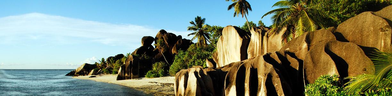 Beaches_on_La_Digue_Seychelles_04